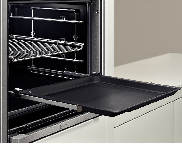 neff b57cs24n0b pyrolytic single built in electric oven fast forward. Black Bedroom Furniture Sets. Home Design Ideas
