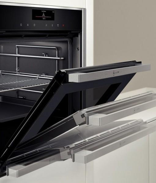 neff b55cs22n0b single built in electric pyrolytic oven slide hide fast forward. Black Bedroom Furniture Sets. Home Design Ideas